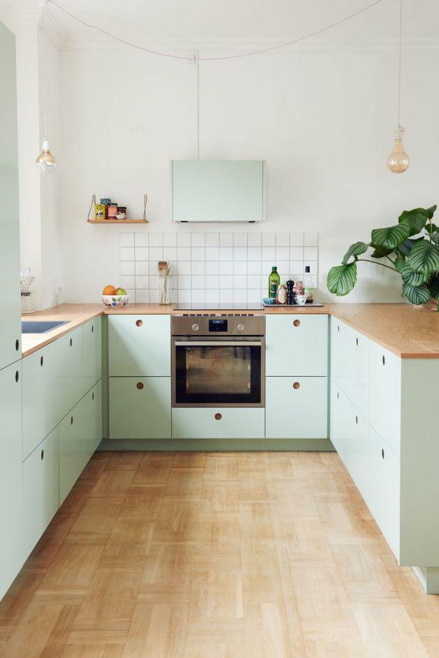 Resultat De Recherche D Images Pour Bauhaus Kuchen Kuchen Inspiration Kuchendesign Kleine Kuche