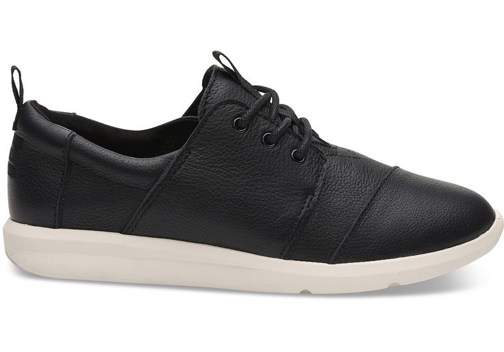 A simple and comfortable sneaker that's ready to take on the day.