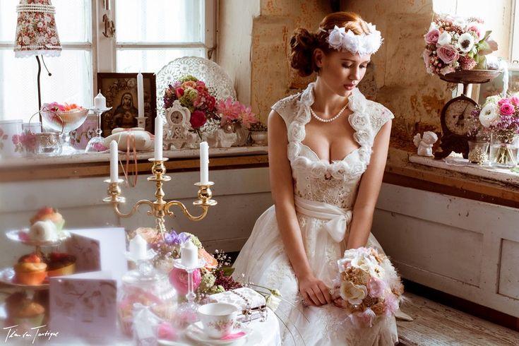 Die Hochzeitsdirndl des Designerlabels Tian Van Tastique fallen durch ihre Exklusivität auf. Hier gibt's die schönsten zu sehen.