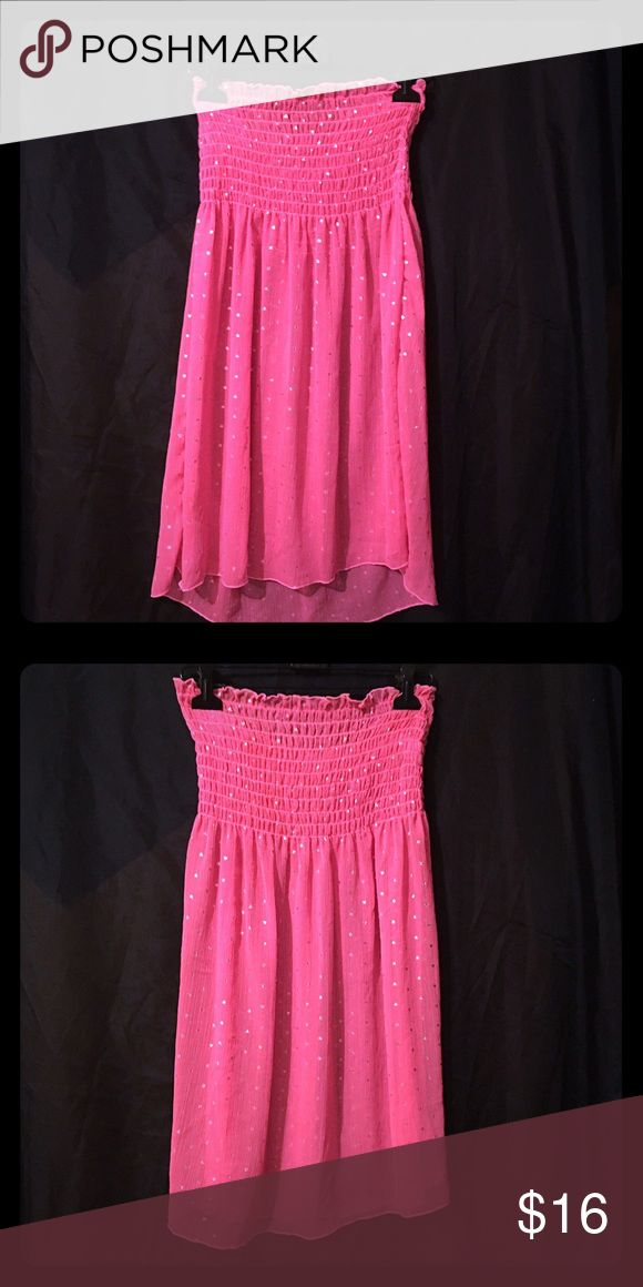☀️ Beach Cover Up •GREAT CONDITION• LIKE NEW• OFFFERS WELCOME• Pink w silver dots, see through flowy tube top bikini - beach cover up. Size small. Dresses
