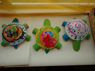 Schildpadden van papier en wc rollen