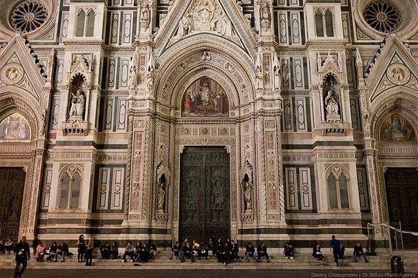 Собор Санта-Мария-дель-Фьоре, Флоренция, Италия