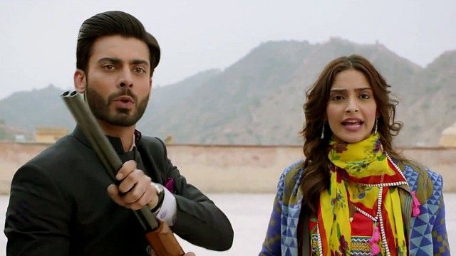 Khoobsurat Movie Review.