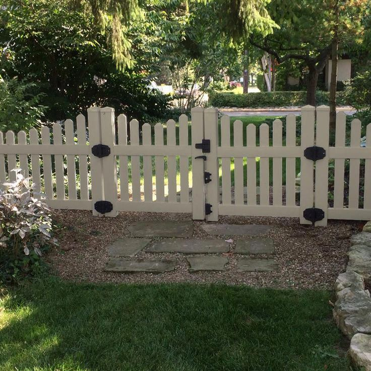 This type of fence for back yard is an extremely ...