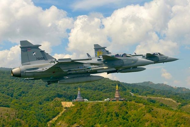 How fighter jet sales fit into America's China-containment strategy