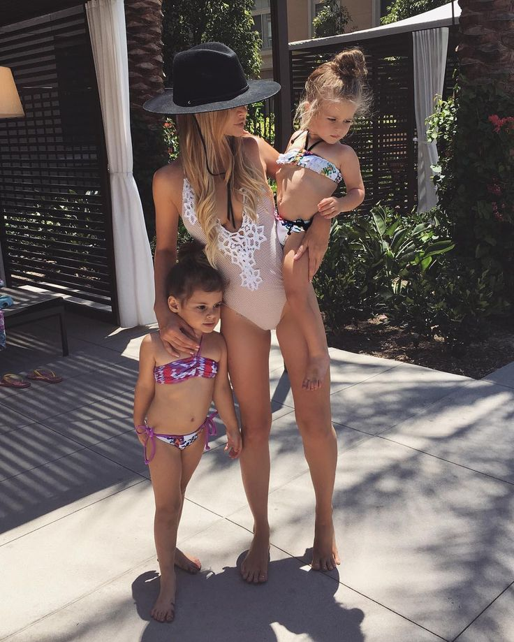 Amanda Stanton Moving is exhausting. Taking a much needed swim break! Thanks for the cute suits @swirlboutique