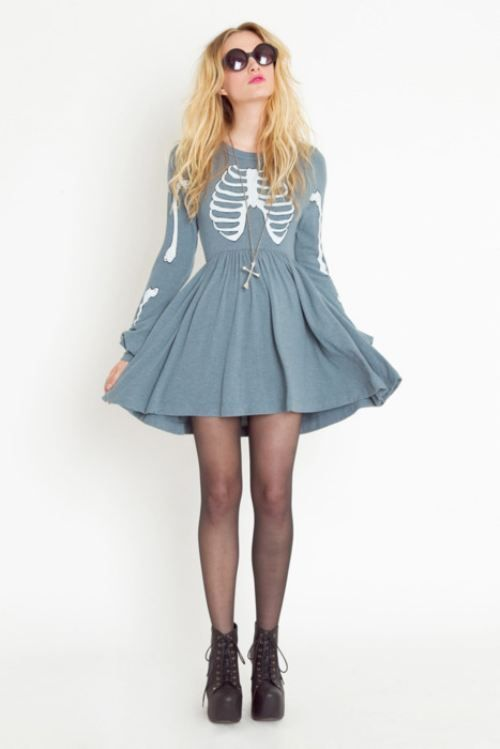 Something about long-sleeved dresses has me wanting all of them, bad. Skull prints!
