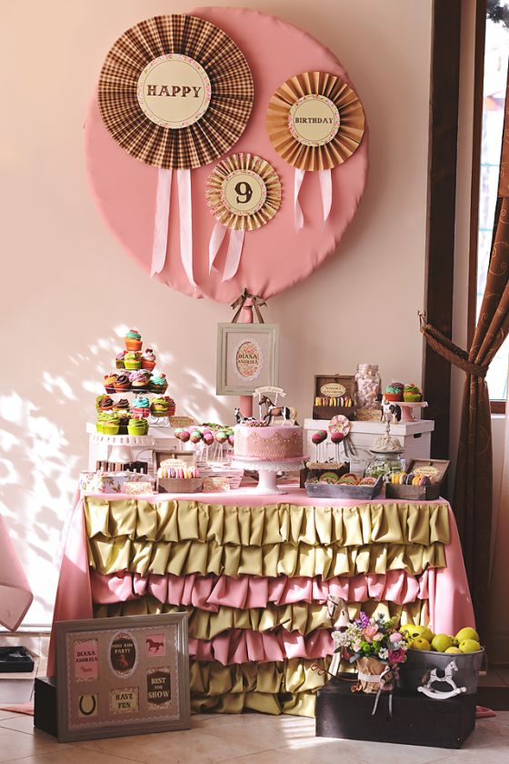 petrecere tematica cu caluti, inspiratie petrecere copii, themed parties, pony-inspired birthday party