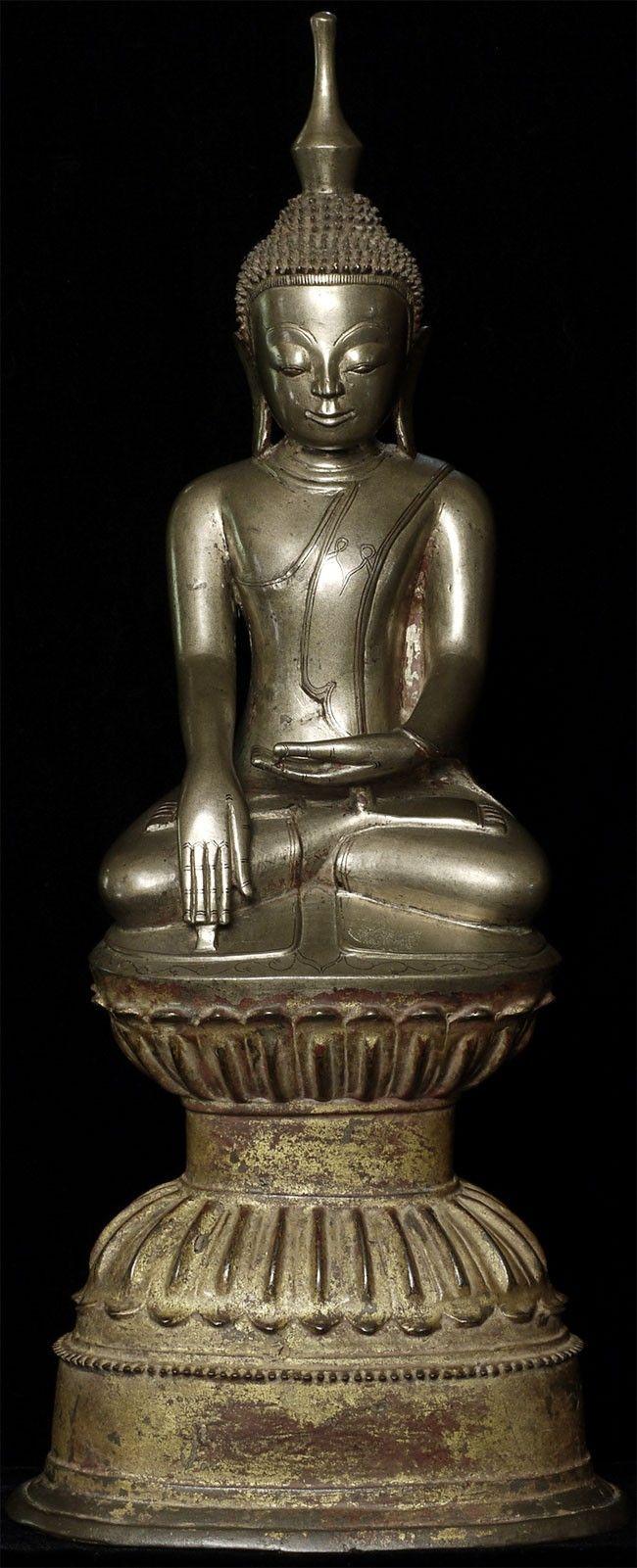 Shan buddha, bronze, 18th Century, hight 42,5 cm