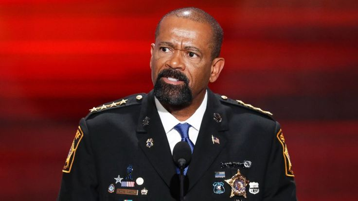The Department of Homeland Security says Milwaukee County Sheriff David Clarke is no longer a candidate for a position in the agency.  The conservative firebrand said last month he was taking a job as an assistant secretary at the DHS, but the agency declined to confirm the appointment, saying... - #County, #DHS, #Joining, #Milwaukee, #Sheriff, #TopStories