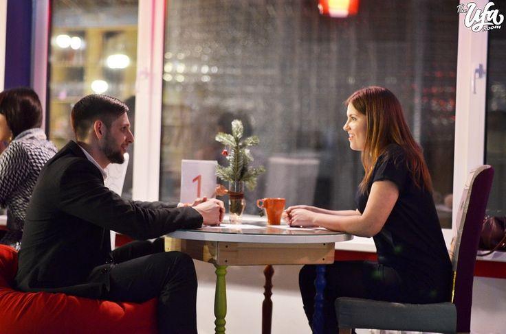 """7 минут на свидание  http://ufa-room.ru/7-minut-na-svidanie-63828/  Журналисты The Ufa Room решили узнать, что же такое """"быстрые свидания"""", кто на них ходит и реально ли найти свою любовь за 5 минут?"""