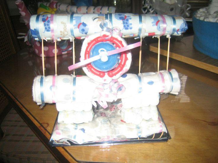 Diaper airplane baby shower ideas pinterest airplane for Airplane baby shower decoration ideas