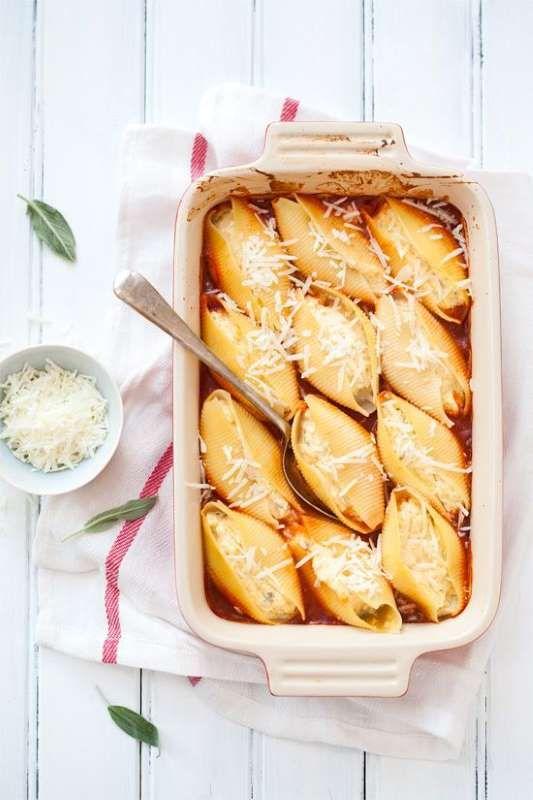 8. Gevulde pastaschelpen met pompoen en ricotta