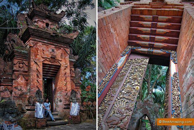 Traditional Balinese door at ARMA - the Agung Rai Museum of Art in Pengosekan, Ubud, Bali. #ARMA #doors #pintu #Ubud #Bali