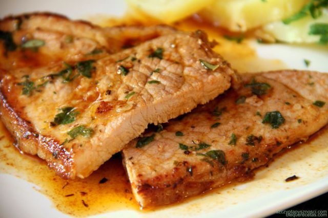 chuletas de cerdo en adobo; marinated pork chops; www.olequerecetas.com