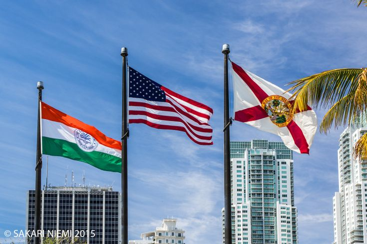 US_150225 Yhdysvallat_0069 Miamin, USAn ja Floridan liput Beyfro