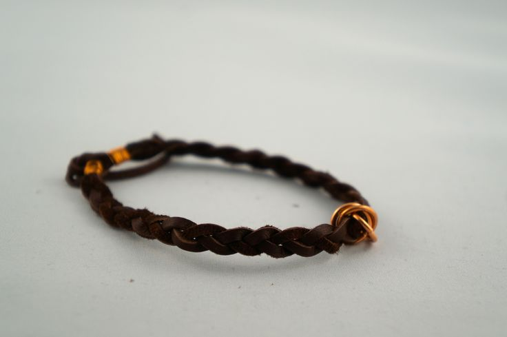 Leather and copper bracelet