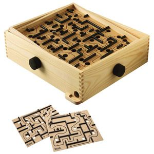 32€ Lot labyrinthe + planches