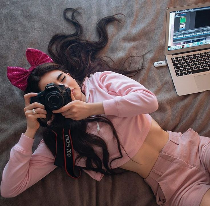 """grazia_it no Instagram: """"In attesa del suo primo libro, intitolato """"Il mio libro sbagliato"""", Grazia intervista la vlogger Greta Menchi. Scopritela nel nuovo numero in edicola da oggi! #gretamenchi #fabbrieditore #Grazia"""""""