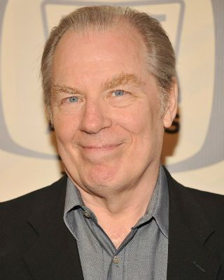 Michael McKean was hospitalized after being struck by a car.