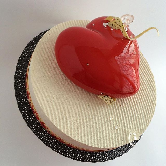 raspberry-champagne-white chocolate entremet...