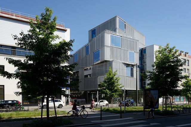 Best 25 building skin ideas on pinterest what is for Strasbourg architecture