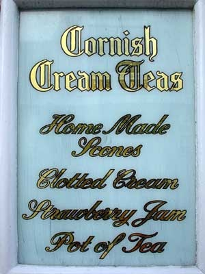 CORNISH CREAM TEAS | 'Home-made scones, clotted cream, strawberry jam, pot of tea'     ✫ღ⊰n