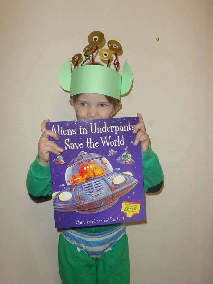 aliens wear underpants costume These world book day costumes are fantastic for your child. Make a DIY world book day costume today. Costume and fancy dress ideas for kids