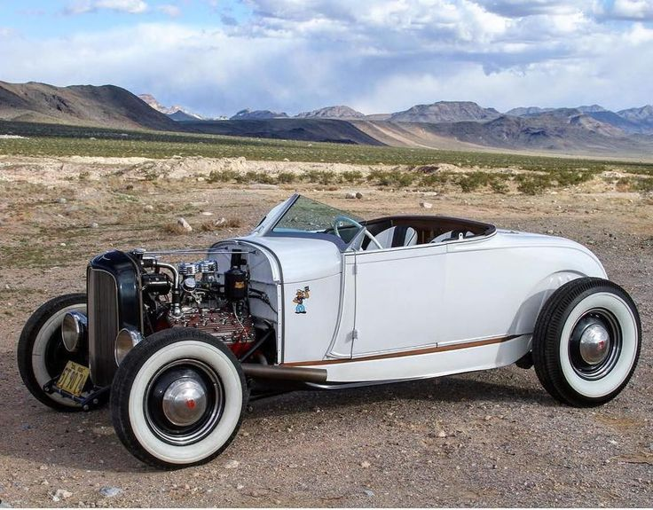 Living Out #fuel32  @trentsherrill @Chris_Vuc @j__Graham @martinezindustriesco  Post your rod event for free on Fuel32.com! Click link in bio  #1928ford #1932ford #1931ford #1930ford  #1929ford  #32ford #highboy #deuce #coupe #hamb #ford #1932 #vintagecar #hopuplive #streetrod #hotrod #sema #trog #customcar #5window #3window #roadster #modela #gnrs #flathead #traditionalhotrod #roddersjournal #livingthehighboylife