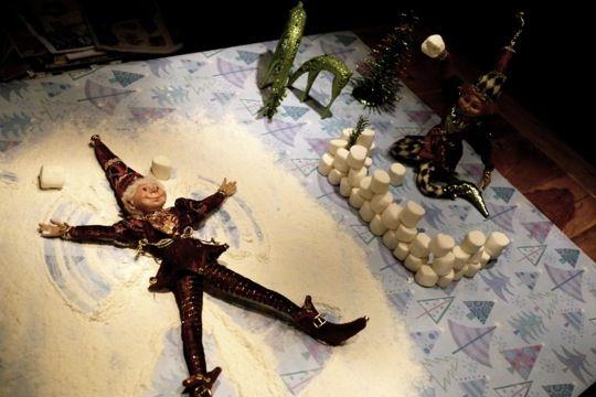 Elf on the shelf, une autre façcon: Lutins de Noël: une rétrospective de leurs plaisanteries