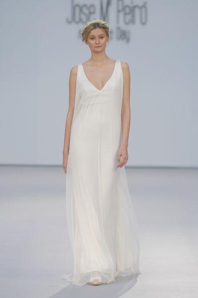 Vestidos de novia para mujeres con mucho pecho 2017: Diseños que te harán lucir fantástica Image: 24