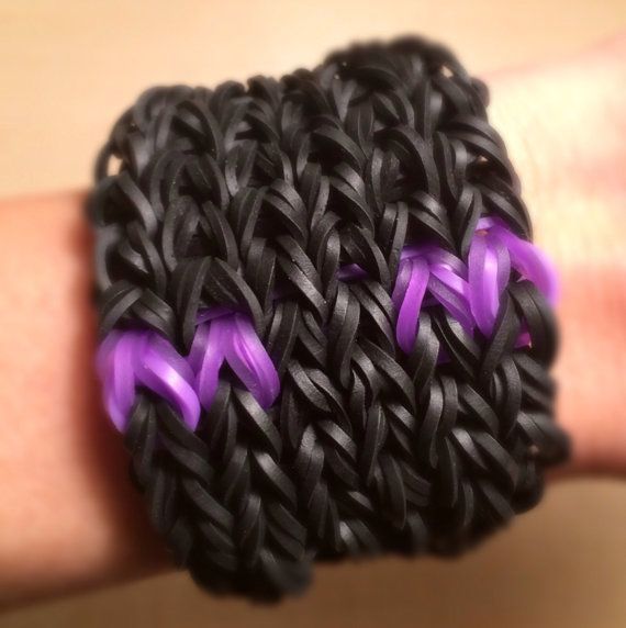 Rainbow Loom   Minecraft ENDERMAN Bracelet  by KnittyGrittyMarket, $8.00