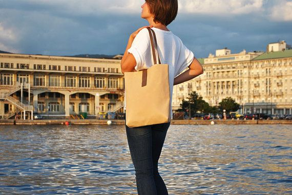 Heavy canvas tote bag with leather straps handmade by InconnuLAB