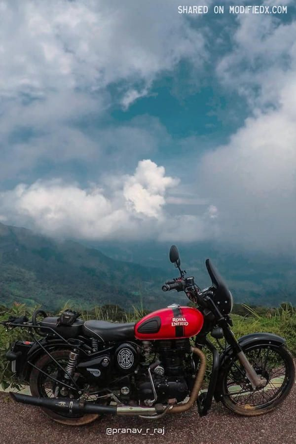 Modified Royal Enfield Classic 350 With Black Windscreen Royal