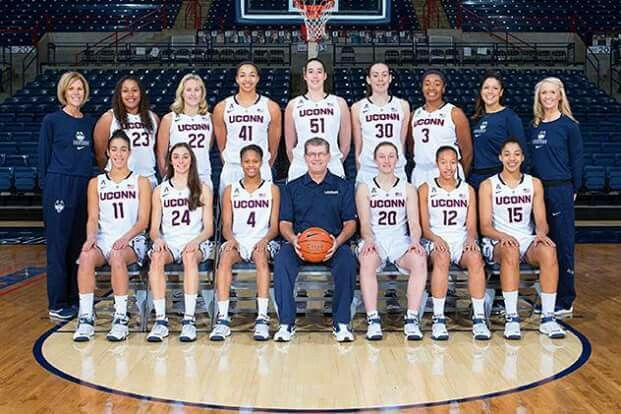 Women basketball players-7883