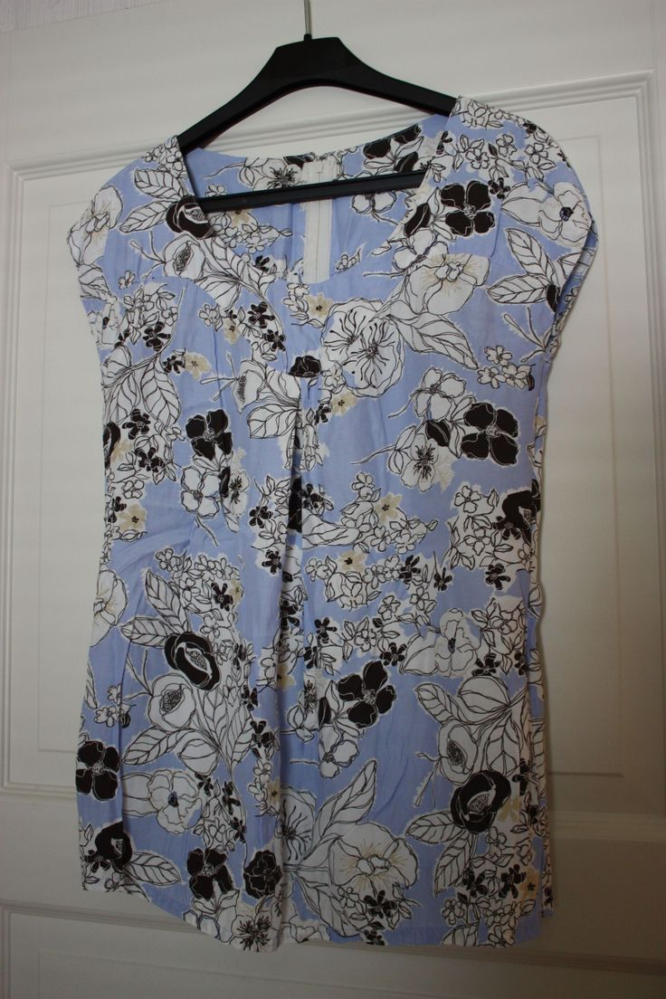 Blue top with flowers (self made a couple of years ago - pattern from Burda)
