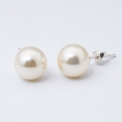Swarovski Pearl Earrings 10mm Cream  Dimensions: length: 2,2cm pearl size: 10mm Weight ~ 3,30g ( 1 pair ) Metal : sterling silver ( AG-925) Stones: Swarovski Elements 5818 10mm Colour: Crystal Cream Pearl 1 package = 1 pair Price 9.90 PLN( about`2,5 EUR)
