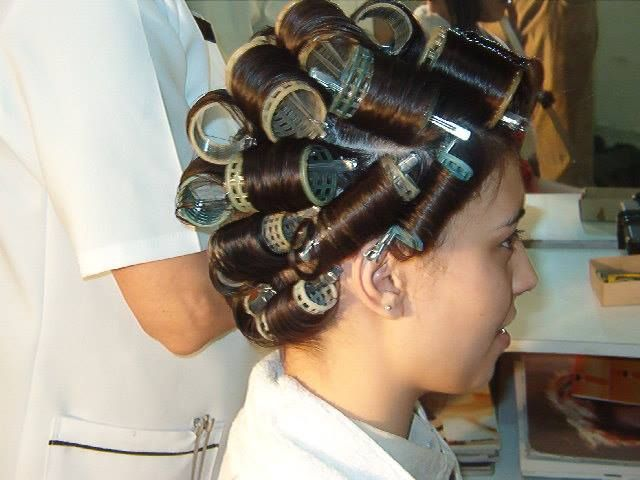 Pin by Zsófia Pink on Hair Rollers and Curlers | Pinterest