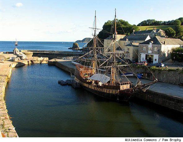 18th century harbor in Charlestown, England, hits the market. See more photos http://realestate.aol.com/blog/2012/09/11/treasure-island-harbor-in-charlestown-england-hits-market-fo/#: English Harbor, England, Includ Treasure, European Harbor, Harbor Village, 18Th Century Harbor, Treasure Islands, Photo, Hit Marketing