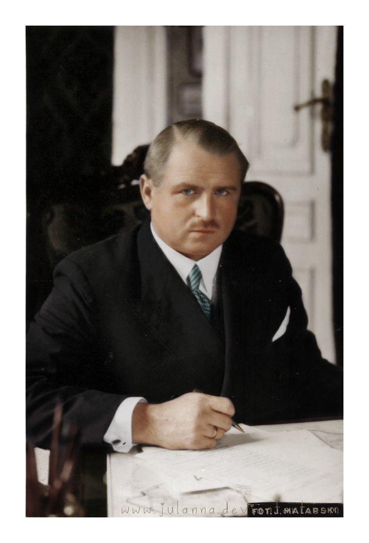 Stefan Starzy�ski (august 19, 1893  C October 17, 1943(?