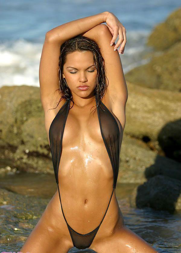 erotic-bikini-pictures