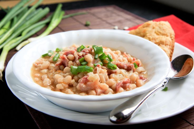 Looking for a cheap and easy dinner? This recipe for slow cooker ham and beans is right up your alley.