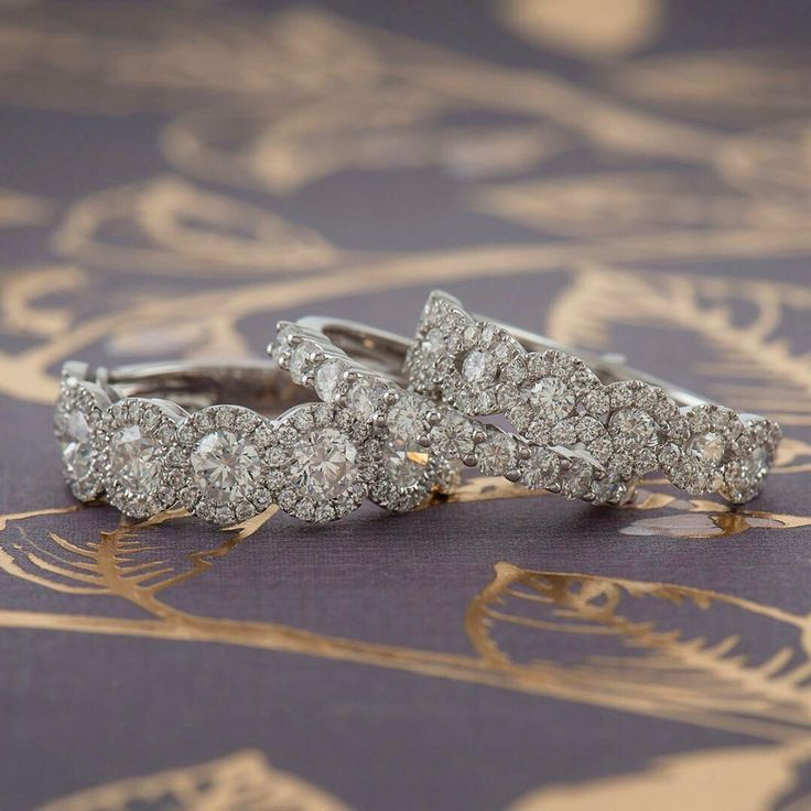 Great styles, any bride can find what their are looking for! Especially important around National Proposal Day!!! See @shaneco where they have a huge selection of engagement rings and bands to chose from!