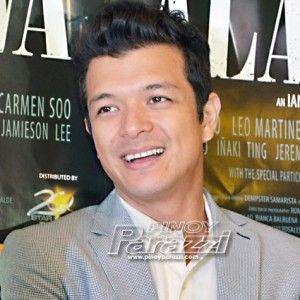 Jericho Rosales, all-out ang suporta sa KathNiel sa remake ng Pangako Sa 'Yo http://www.pinoyparazzi.com/jericho-rosales-ang-suporta-sa-kathniel-sa-remake-ng-pangako-sa-yo/