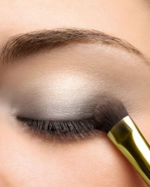 Light Grey Eye Makeup.