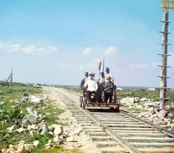 Передовой Отряд Революции.  Австро-венгерские военнопленные на строительстве Мурманской железной дороги.