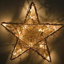Joulun sanoma   Suomalainen joulu Joulun uskonnollinen sanoma elää vahvana Suomessa.