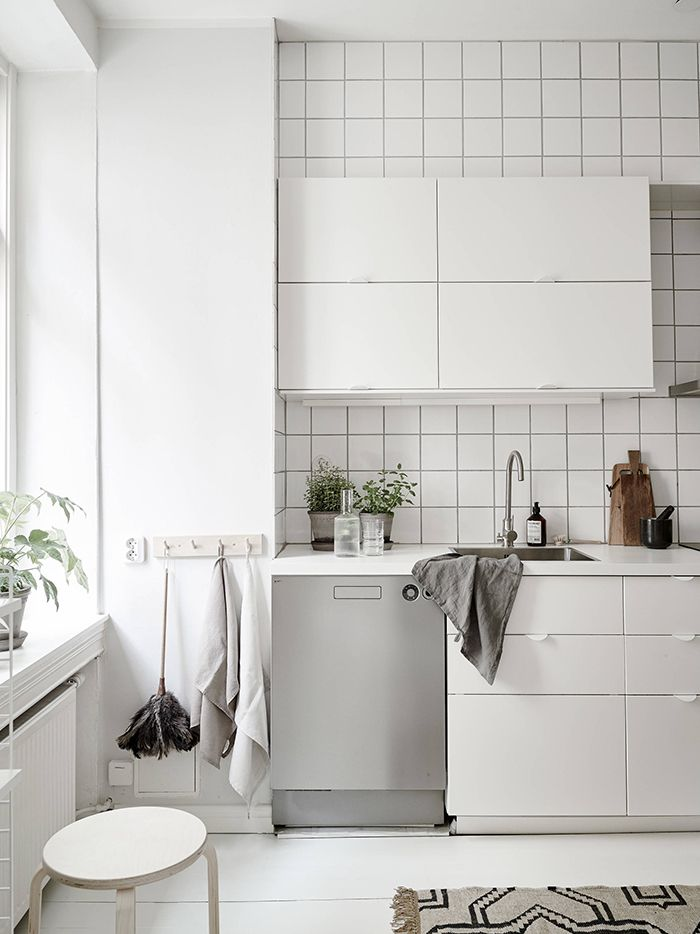 The New Nz Design Blog The Best Design From New Zealand And The World But Mainly Nz Best Kitchen Sinks White Floorboards Kitchen Style