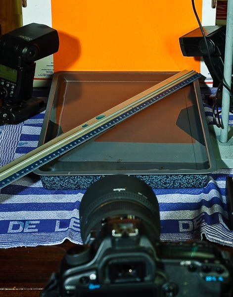 Druppelfotografie liniaal over bak