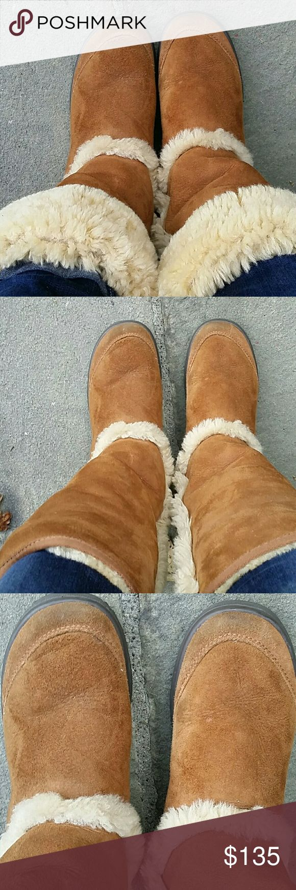Ugg  chestnut sundance boot size 8 vguc Vguc ugg boot, foldover option to expose more shearling, so comfortable,  great condition UGG Shoes